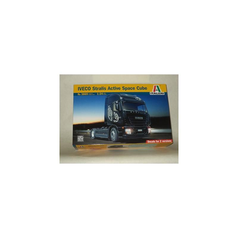 maquette camion italeri 1 24 3869 iveco stralis. Black Bedroom Furniture Sets. Home Design Ideas